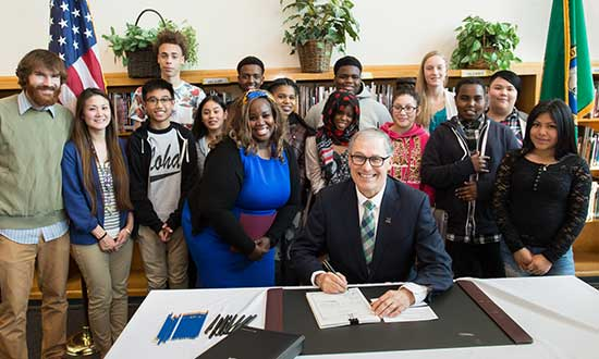 Gov. Inslee signs bill to close opportunity gap at Aki Kurose school in Seattle