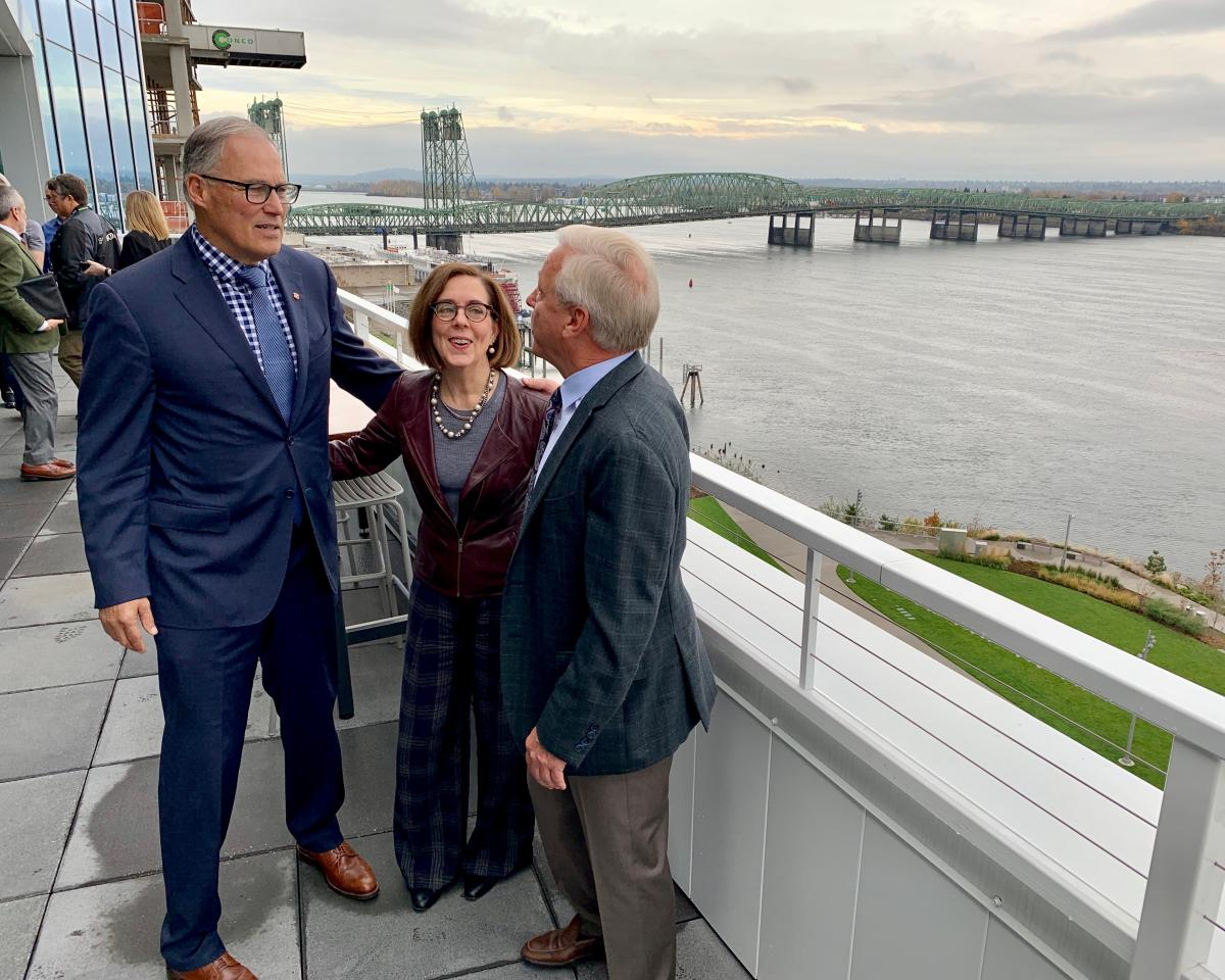 Govs. Inslee, Brown announce plans to begin joint project to replace I-5 bridge